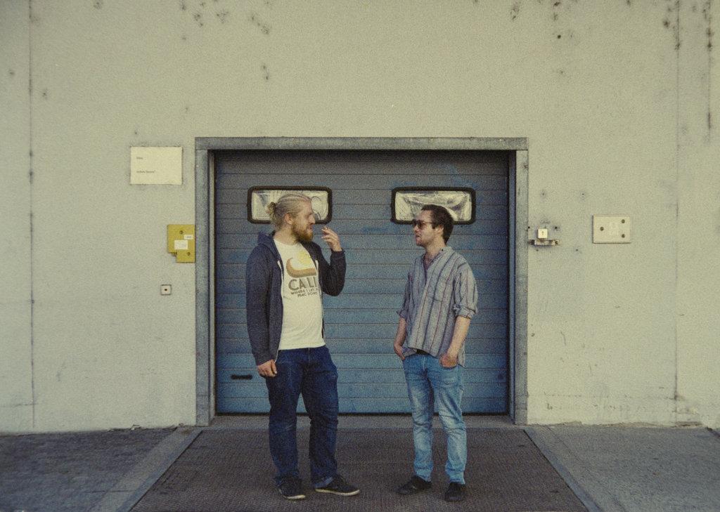 """Das Nürnberger/Dresdner Duo CAMERON LINES zelebriert auf seinem Debütalbum """"Till I Hit The Dust"""" staubigen und warmen Garage-Bluesrock! (2 Videos + full Album stream)"""