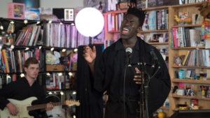 Moses Sumney: Tiny Desk Concert (Video)
