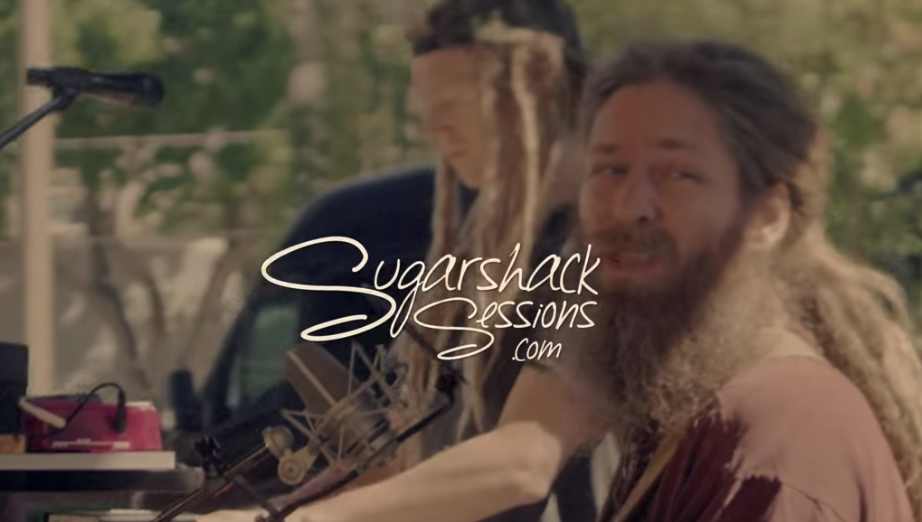 Sugarshack Sessions | Mike Love - Can't Take It With You When You Go (Live Acoustic) | Video