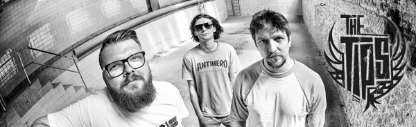 THE TiPS veröffentlichen Konsumkritik-Video anlässlich Soli-Vinyl-Samplers HATE DIVIDES – MUSIC UNITES zu Gunsten 'Kein Bock auf Nazis'!