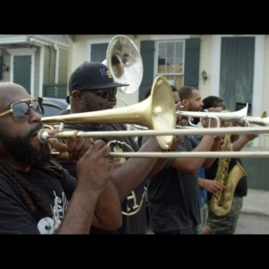 Videotipp: Hot 8 Brass Band - Love Will Tear Us Apart [Joy Division Cover]